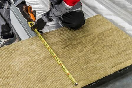 Утепление плоской кровли: энергоэффективное решение с кашированными плитами!